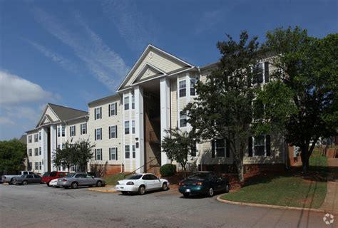 Studio Apartments In East Atlanta Highlands At East Atlanta Rentals Atlanta Ga