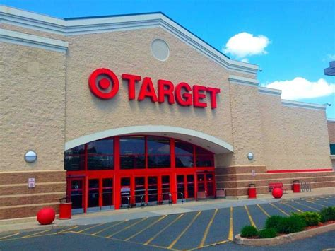 target hours of operation store locations near me and
