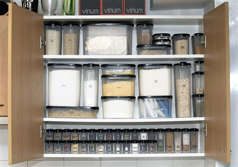 how to organize kitchen cabinets martha stewart organizing kitchen cabinets martha stewart organizing