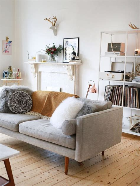 silver cushions living room best 25 chaise ideas only on pallet sofa diy garden furniture and wood