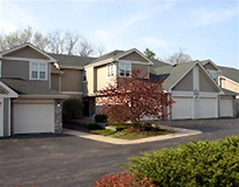 one bedroom apartments in rockford il forest glen apartments rentals rockford il apartments
