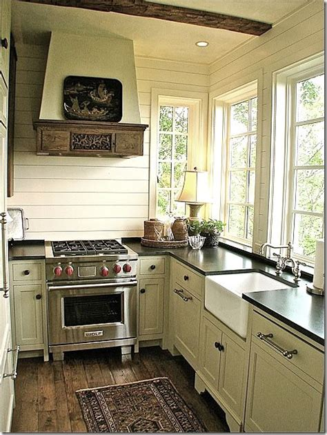 17 best ideas about small country kitchens on pinterest