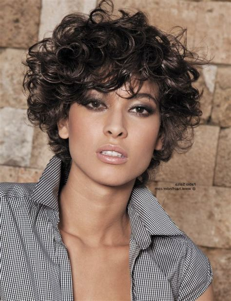 wiry short wavy hair what styles suit 88 best images about curly natural hair on pinterest