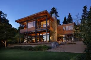 Modern Lake House Plans Grand Glass Lake House With Bold Steel Frame Modern