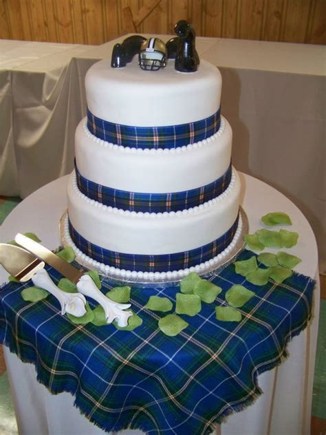 Nova Scotia tartan wedding cake by Mrs. Mcgregor's Tea