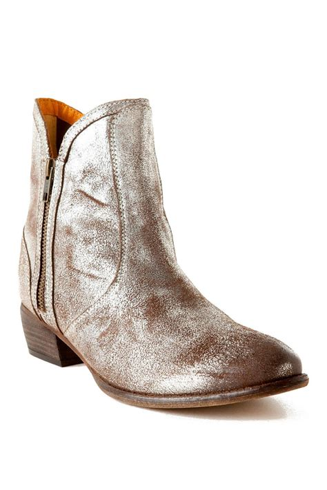 seychelles shoes seychelles shoes lucky metallic bootie s