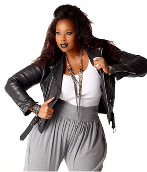 whats in atyle for the plus size gurl women 90 s hip hop fashion what am i going to wear