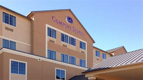 comfort inn and suites waco tx comfort inn suites near baylor university kb hotels