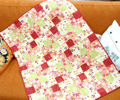 How To Make Patchwork Quilt For Beginners - beginner patchwork a baby quilt