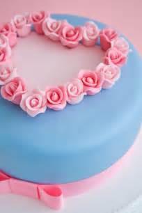 Valentine s cake with roses cakejournal com