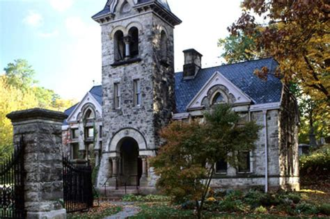 haunted houses in ny 14 creepy places and real haunted houses in new york