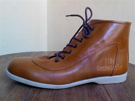 Sepatu Boots Casual sepatu casual boots kulit asli sedia dompet kulit tas