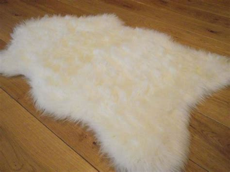 fluffy rugs new ivory rugs fluffy bedroom rug faux fur sheepskin mat ebay