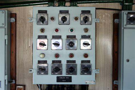 Switchboard Search File Angoumois Wheelhouse Lights Switchboard Jpg Wikimedia Commons