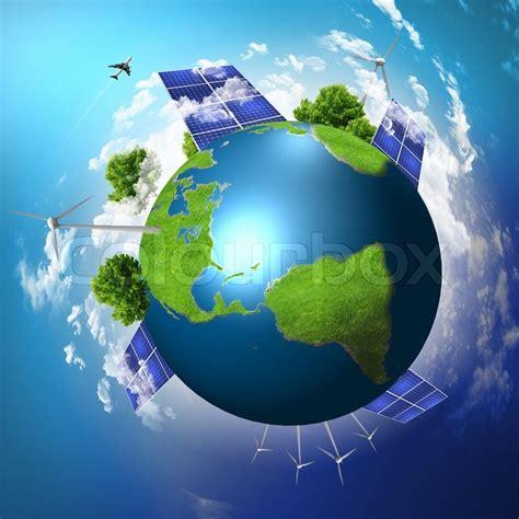 gruene erde mit solarenergie batterien installiert ist