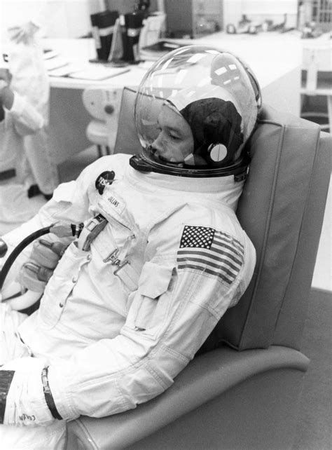 apollo  astronaut michael collins ready  countdown de flickr