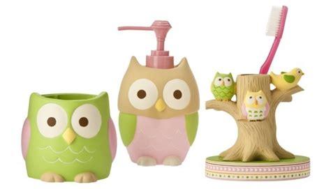 Owl Bathroom Decor Set by We Are Doing An Owl Theme For Punky S Bathroom She Likes