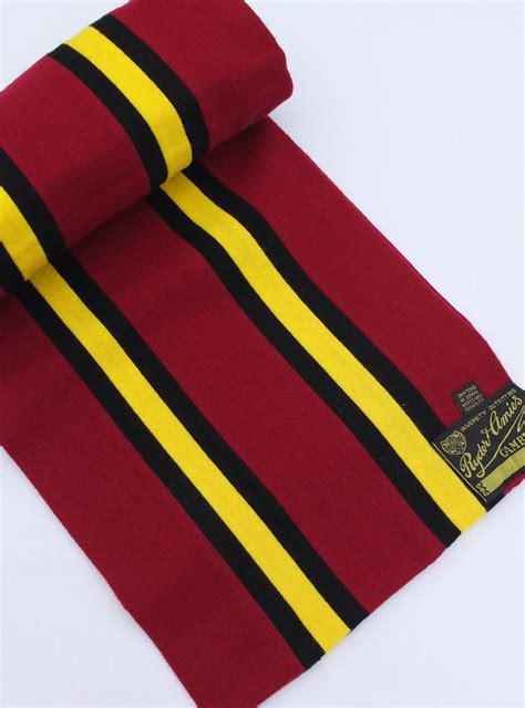 hawks club scarf amies