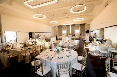 Hotel Henry Wedding Venue Photos   Jessica Ahrens Photography