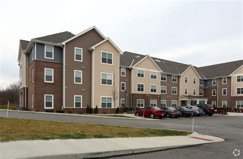 1 bedroom apartments in kent ohio maple brook at golden pond rentals kent oh apartments com