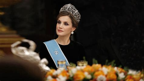 libros la reina impaciente nueva biograf 237 a sin tapujos sobre letizia noticias de casas reales