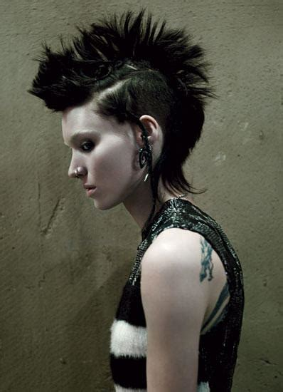 2 faces of rooney mara the with the