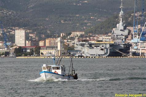 port militaire mouvements de b 226 timents dans la rade de toulon
