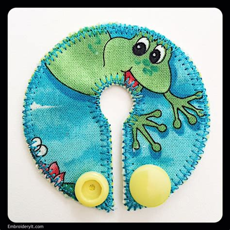 embroidery design tube large feeding tube pad made easily in the hoop with
