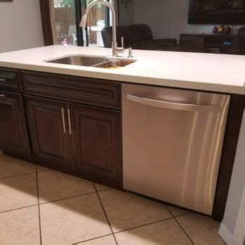 kitchen cabinets hialeah fl jvm kitchen cabinet granite 113 photos 14 reviews