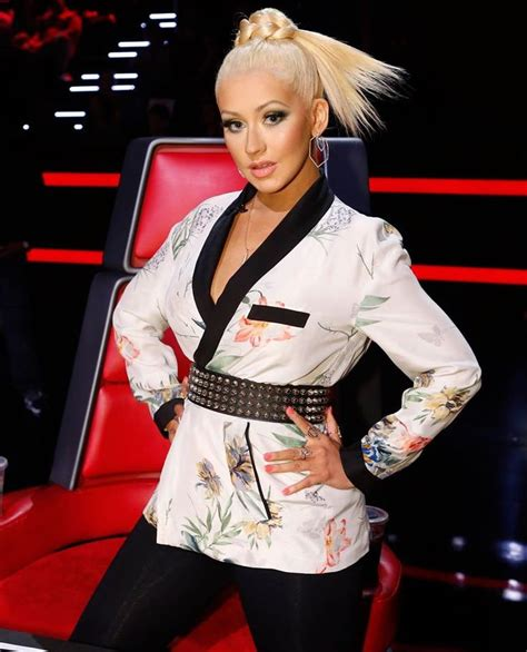 the voice lobster hair 227 best images about christina aguilera