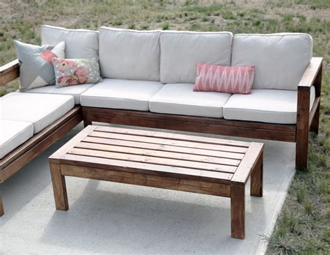 diy outdoor patio furniture white 2x4 outdoor coffee table diy projects