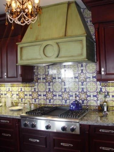spanish tile kitchen backsplash spanish tile backsplash azulejo pinterest