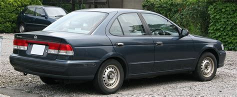 nissan sunny 2002 image gallery nissan sunny 2002