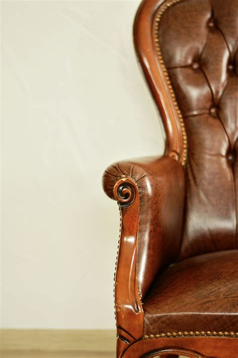 leather sofa sticky 5 reasons why you should stick to leather furniture