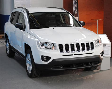 compass jeep 2012 2012 jeep compass photos informations articles