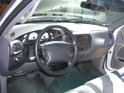 Ford Lightning Interior by 2001 Ford F 150 Svt Lightning Interior Pictures Cargurus
