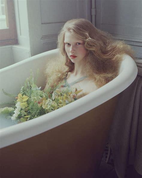 riley steele bathroom sophie hirschfelder sophie pumfrett gemma steele aline petrychenko photographed by