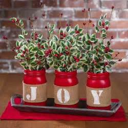 Pinterest Centerpieces For Christmas - best 25 christmas centerpieces ideas on pinterest holiday centerpieces apartment christmas