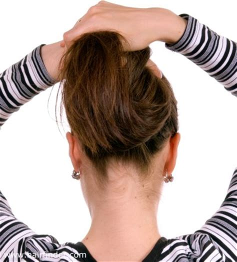lady neck hair how to shave the ugly neck hair when you wear your hair in