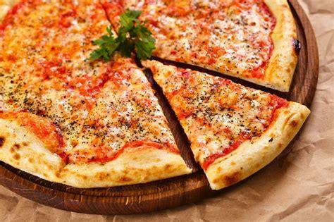 pizzeria a casa la pizza migliore a casa o in pizzeria ecco come sale pepe
