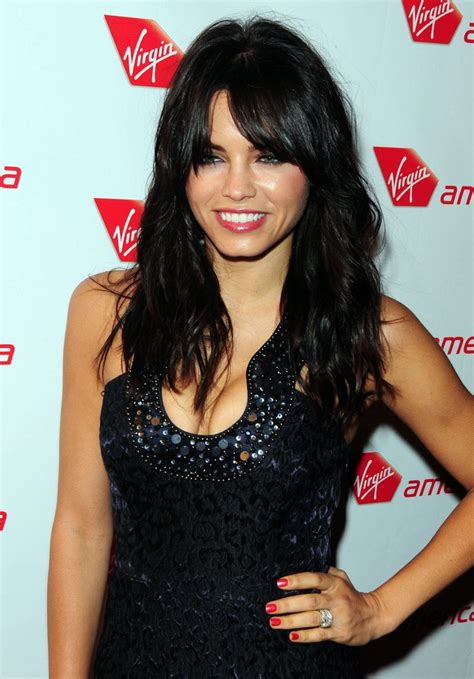 how to style jenna dewans short hair jenna dewan tatum long curls with bangs jenna dewan