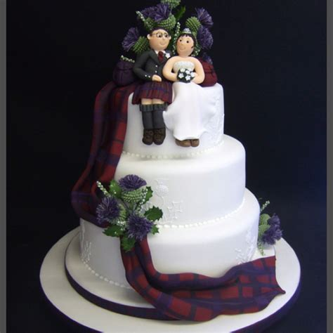 Balloonable Balon Foil Cake Happy Birthday tartan wedding cake with thistles formal items wedding cake cake and weddings
