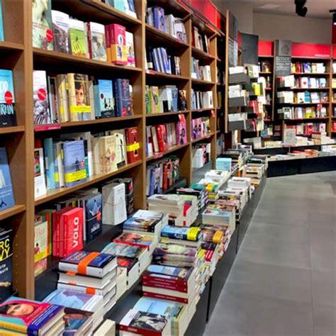 librerie aperte domenica centro commerciale ariosto family center reggio emilia
