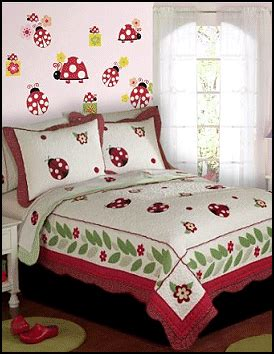 ladybug bedroom ideas ladybug theme bedroom girls bedroom ladybug wall mural