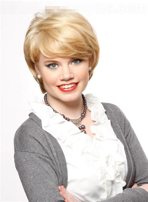 short hairstyles for women in their late 50 s 15 kiểu t 243 c ngắn đẹp cho phụ nữ tuổi trung ni 234 n lam dep 24h
