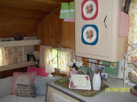 Vintage Camper Decorating Ideas Decor In Vintage Shasta Camper Glamp Pinterest