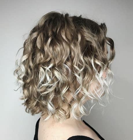 frisuren fuer dicke lockige haare