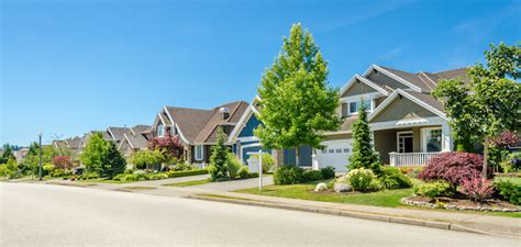 a pretty life in the suburbs home life made simple the 10 safest and 10 most dangerous suburbs in america