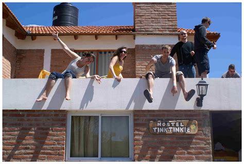 staying  europe hostels europe blog