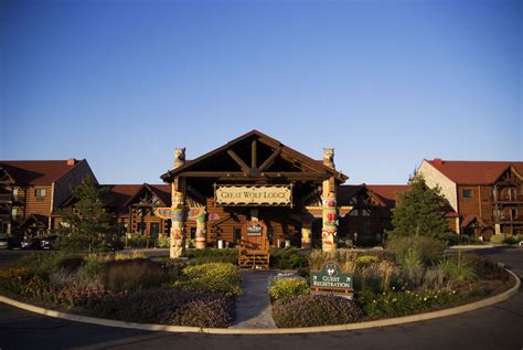 Cheap Great Wolf Lodge Rooms - great wolf lodge ripley s water park resort in niagara falls cheap hotel deals amp rates